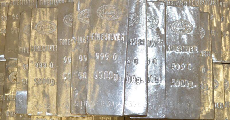 Silver trading using volume price analysis
