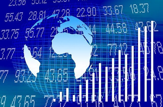 Learn how to day trade stocks with Anna Coulling using volume price analysis